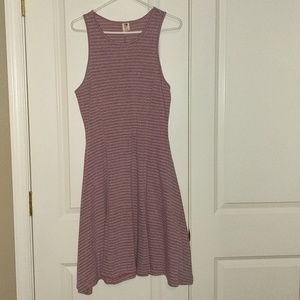 Fun Roxy tank dress, grey and pink.